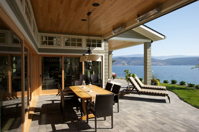 patio with sunscreens and electric heaters
